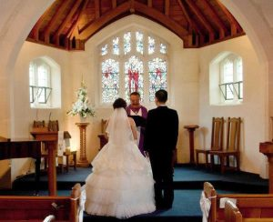 Lovely church wedding at the Cashmere Hills Presbytarian Church in Christchurch