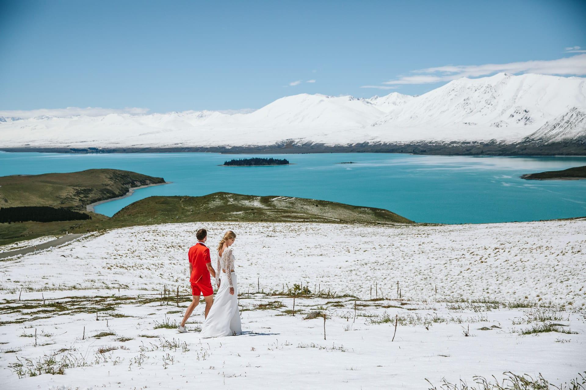 Tanja and Dirkjan's magical snowy wedding at Lake Tekapo