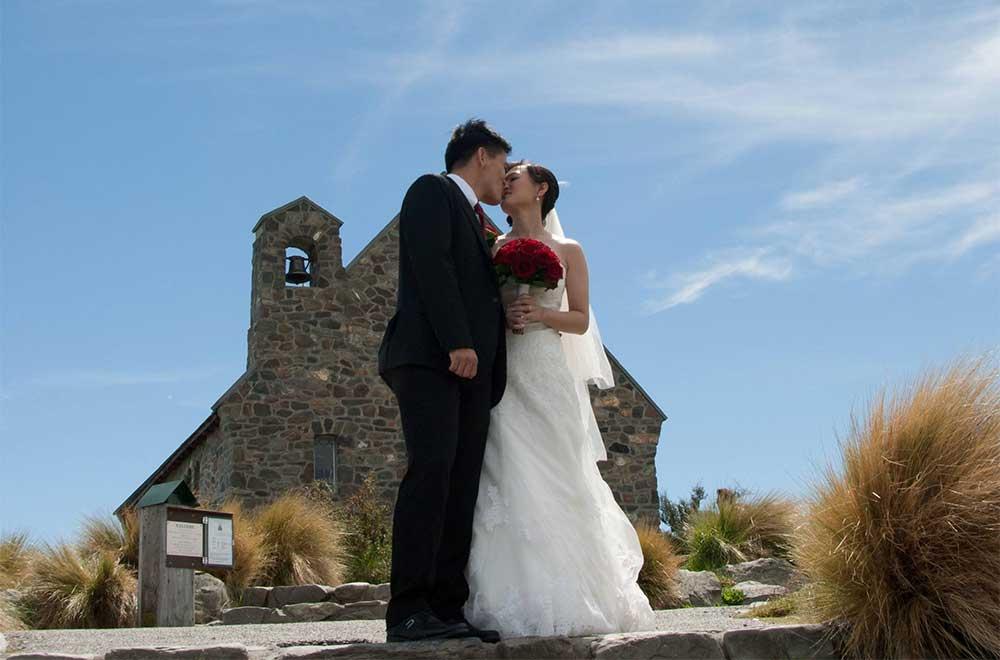 Lake Tekapo church elopement wedding